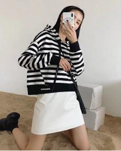 【新品】百搭橫間連帽短身棉質T- 3891A #全店新品4件起75折:HK$150#