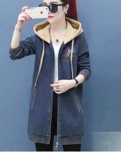 【新品】刺繡花拉鏈雙口袋衛衣帽牛仔外套 - 4031A #全店新品4件起75折:HK$255#