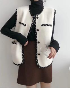 【新品】 花邊鈕扣雙口袋氣質短背心外套 - 4048A #全店新品4件起75折:HK$173 #