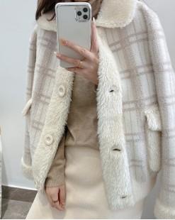 【新品】羊羔毛翻領格紋保暖外套 - 4088A #全店新品4件起75折:HK$255 #
