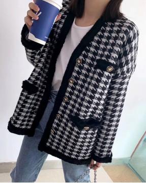 【新品】千鳥格氣質V領毛絨車邊外套 - 4090A #全店新品4件起75折:HK$319 #