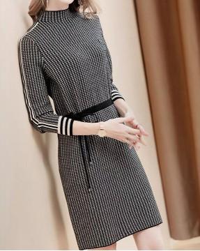 【新品】格紋修身束腰橫間袖連身裙 - 4135A #全店新品4件起75折:HK$173#