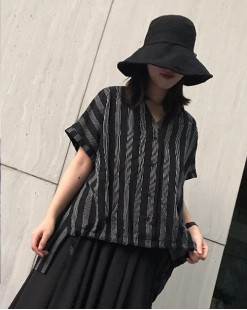 【新品】條子滑料短袖恤衫 - 4559A #全店新品4件起75折優惠碼 : -25OFF (HK$105)