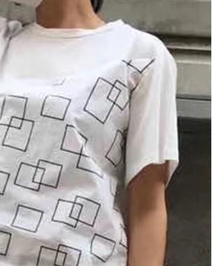T Shirt年度勁減 任選2件即時8折優惠碼:CS220 (HK$96)  - 洗水布拼接棉Tee - 4877A