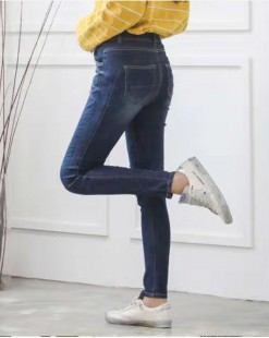 韓國直送J.BLANC不規則自然修邊刷毛牛仔褲 - 67826  #全店新品4件起75折優惠碼:-25OFF  (HK$255) #