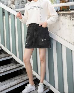 BLUE VERY簡約百搭英文字印花牛仔短裙 - 83845 #全店新品4件起75折優惠碼:-25OFF (HK$135) 韓國直送 #